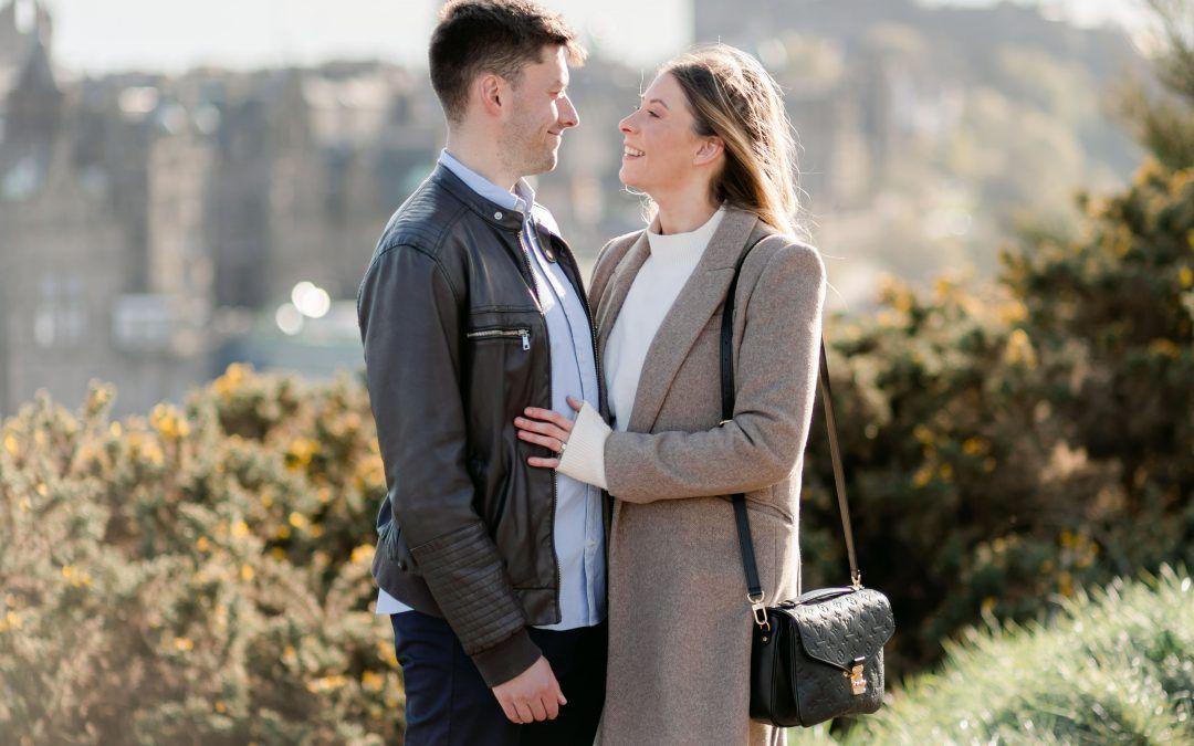 Jodi & Matt – Calton Hill, Edinburgh